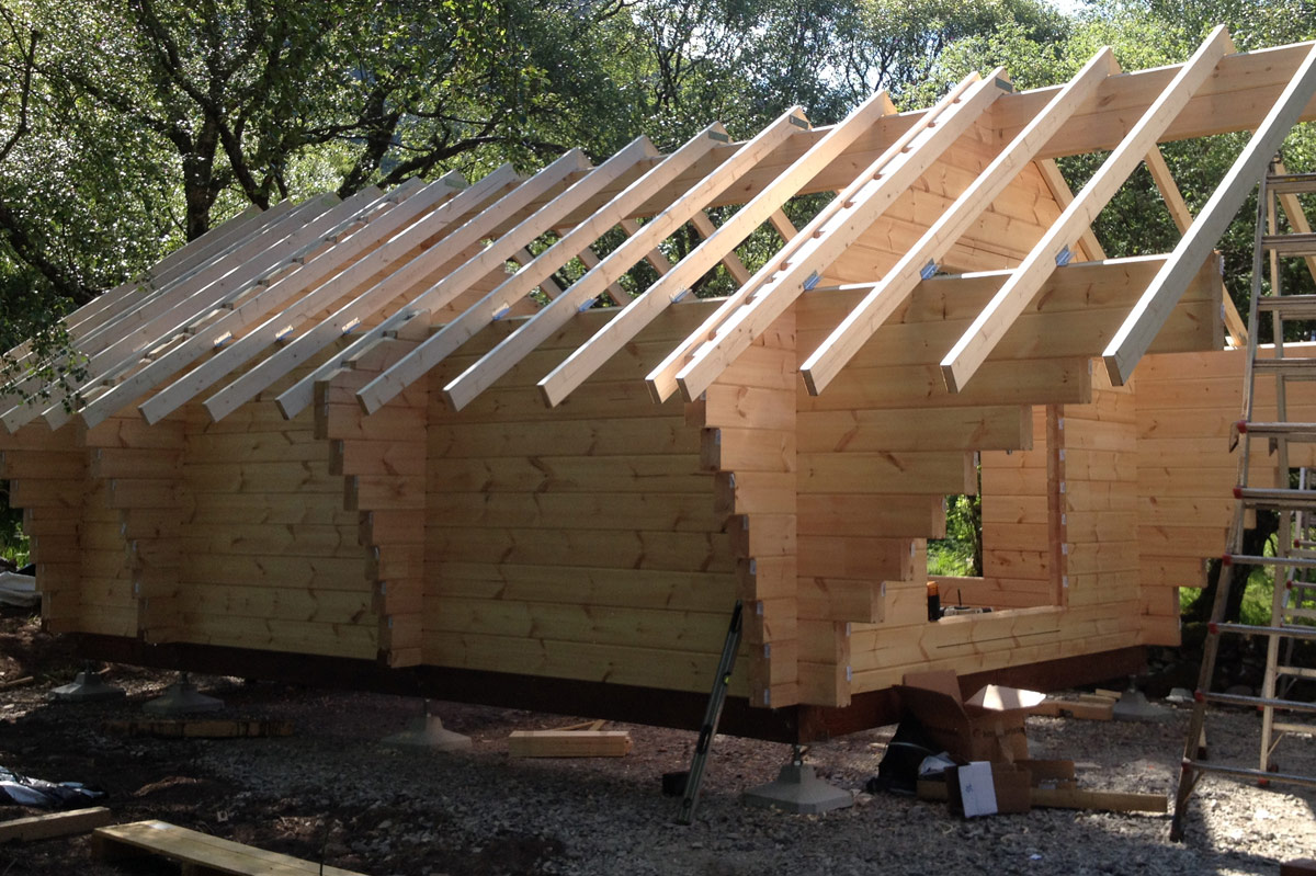Easypad foundation system for log buildings